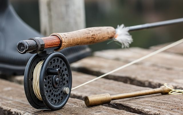 fly fishing 474090 640